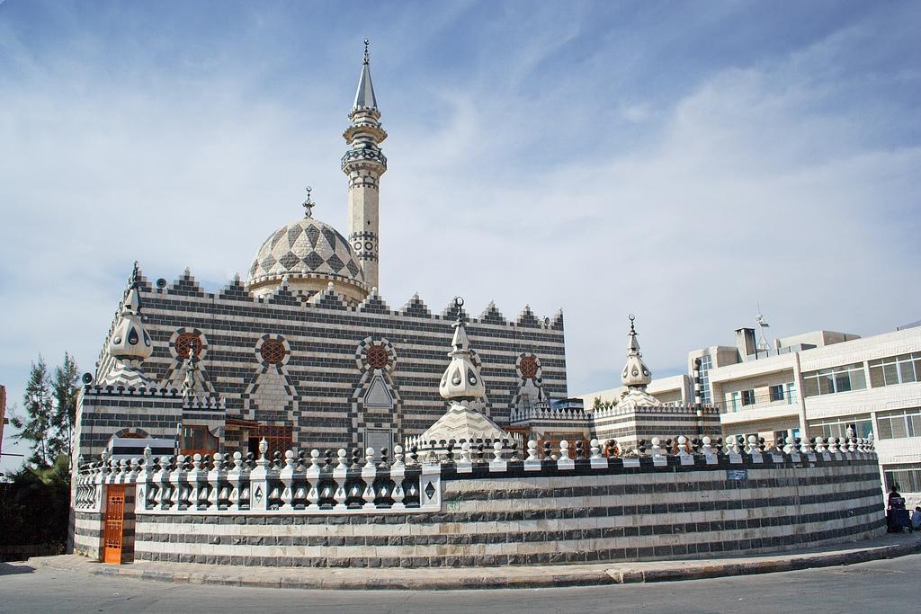 Masjid Around The World-abu-derwish-mosque-amman-jordan-jpg