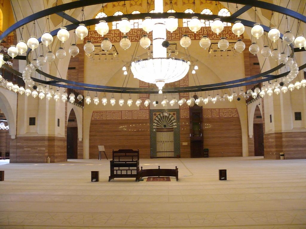 Masjid Around The World-al-fateh-mosque-manama-bahrain-interior-jpg