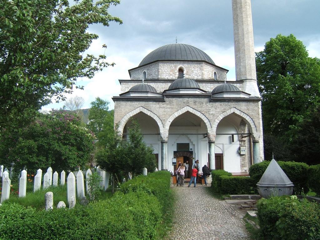 Masjid Around The World-ali-pasha-mosque-sarajevo-bosnia-hercegowina-jpg