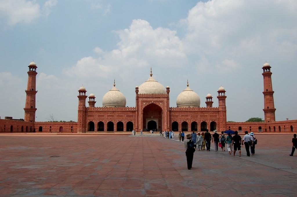 Masjid Around The World-badshahi-mosque-lahore-pakistan-jpg