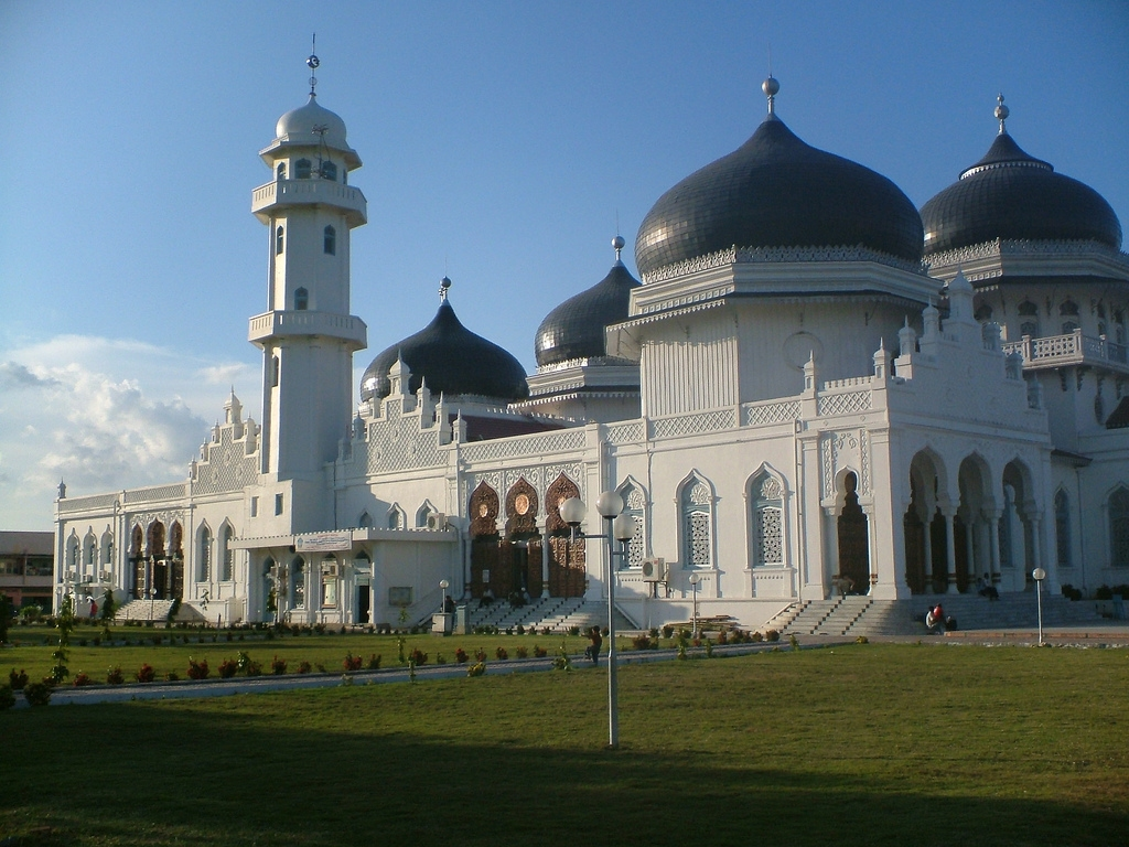 Masjid Around The World-banda-aceh-main-mosque-indonesia-jpg