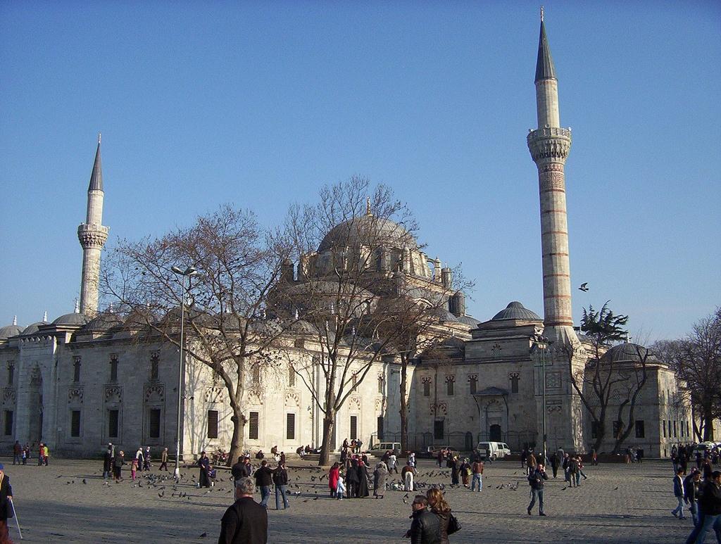 Masjid Around The World-bayezid-mosque-istanbul-turkey-jpg