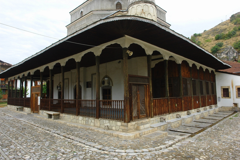 Masjid Around The World-gazi-mehmed-pasha-mosque-prizren-kosovo-jpg