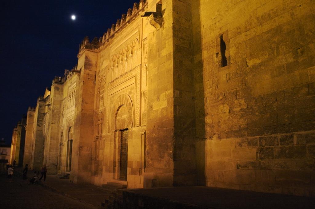 Masjid Around The World-grand-mosque-cordoba-spain-night-jpg