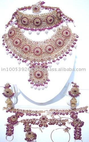 Share pictures of jewerly!!!-jodha_akbar_bridal_jewellery-jpg
