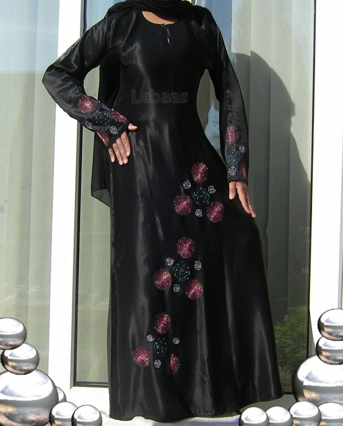 Abaya Collection - Tips - Styles-abaya-design-black-abaya__25871-jpg
