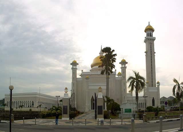 Omar Ali's Masjid in Brunei-292brdc-jpg