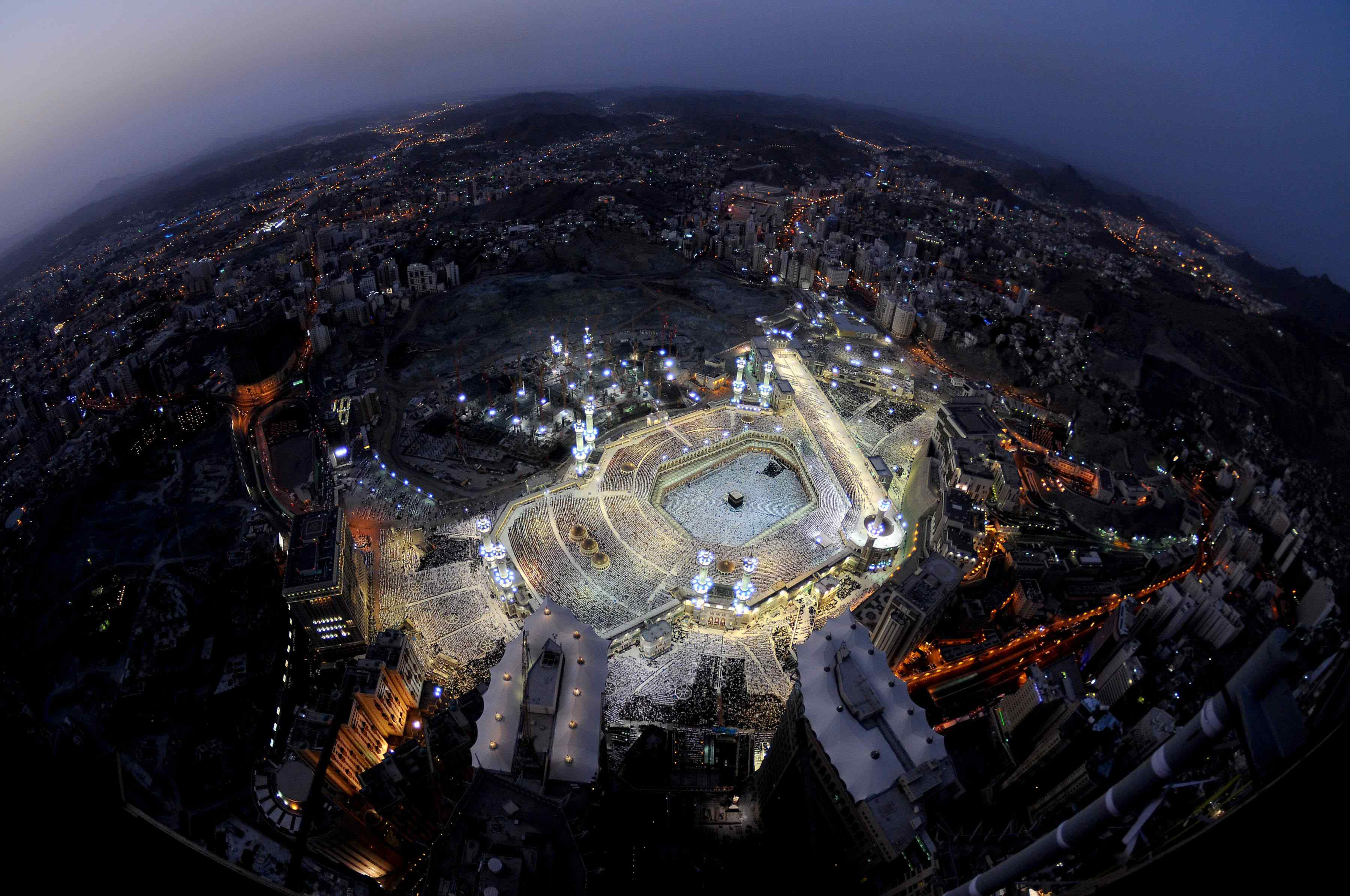Kaabah on the 27th night of the ramadhan-makkah-jpg