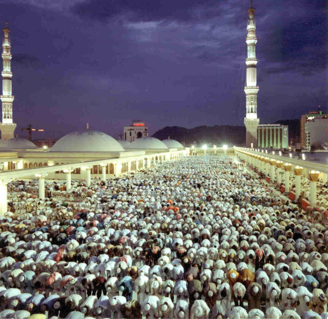 Madina Munawara-masjid-nabvi-01-jpg