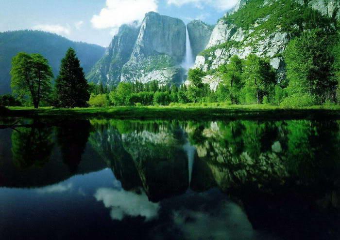Mindblowing reflection Lake photos-4dda6617ad8013-30792071frogview-gallery-jpg