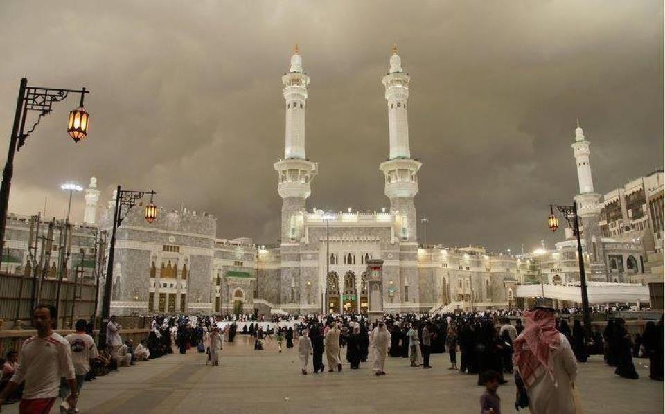 Cloudy view of Makkah Mukarram Masjid Entrance-cloud-view-makkah-entrance-jpg